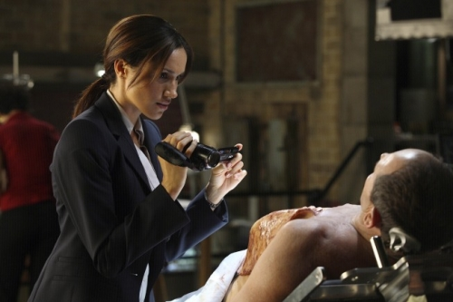 FRINGE: Junior Agent Amy Jessup (guest star Meghan Markle, L) assists with an investigation involving the Fringe Division in the FRINGE Season Two premiere episode